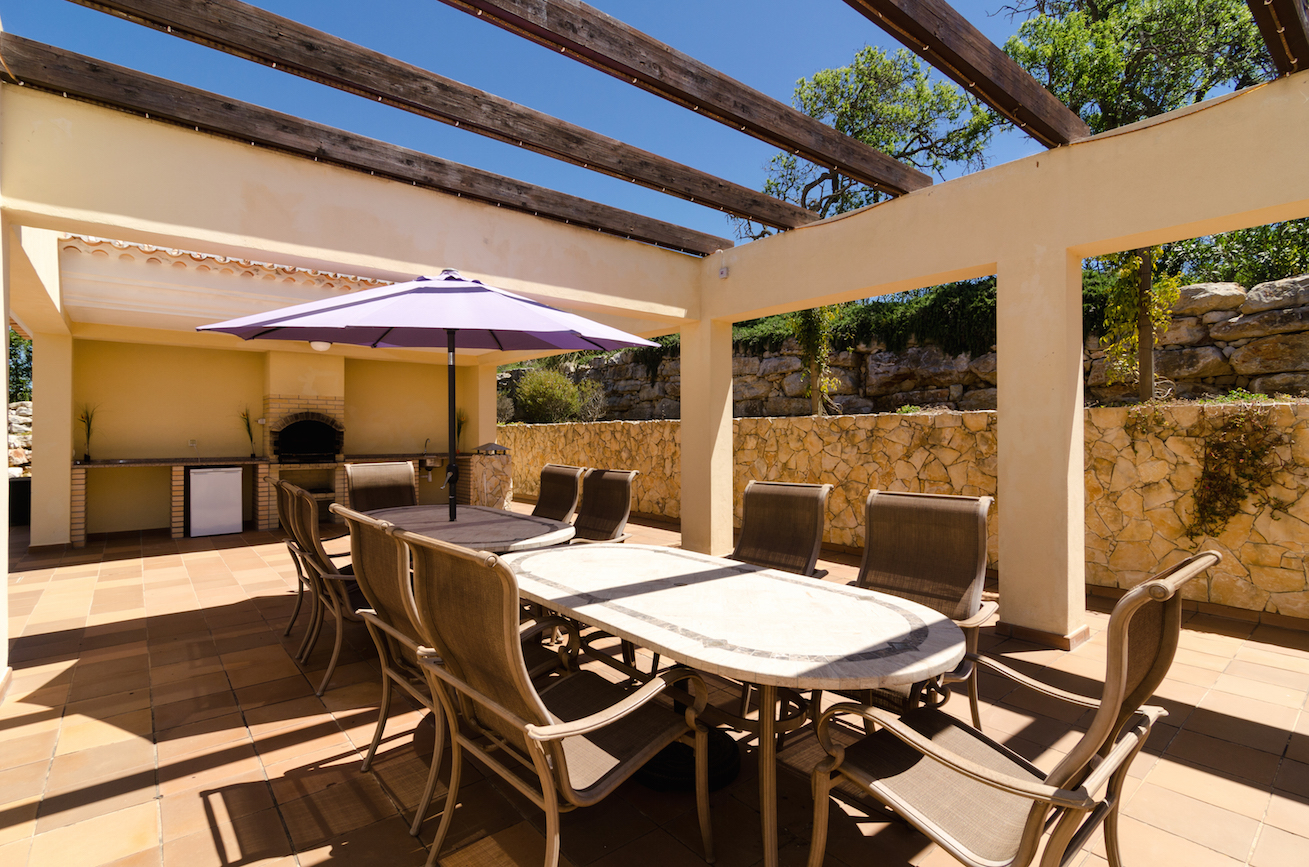 Remaining weeks in September for only £3,500 – Discount Luxury Algarve Villa Opportunities